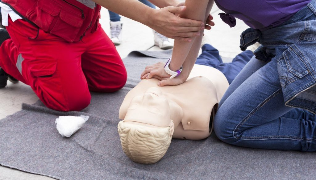 Standard-First-Aid-Training
